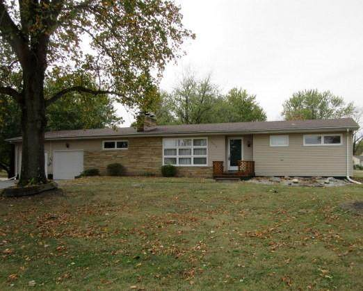 2055 S Spring Lane, Decatur, IL 62521 (MLS #6206458) :: Ryan Dallas Real Estate