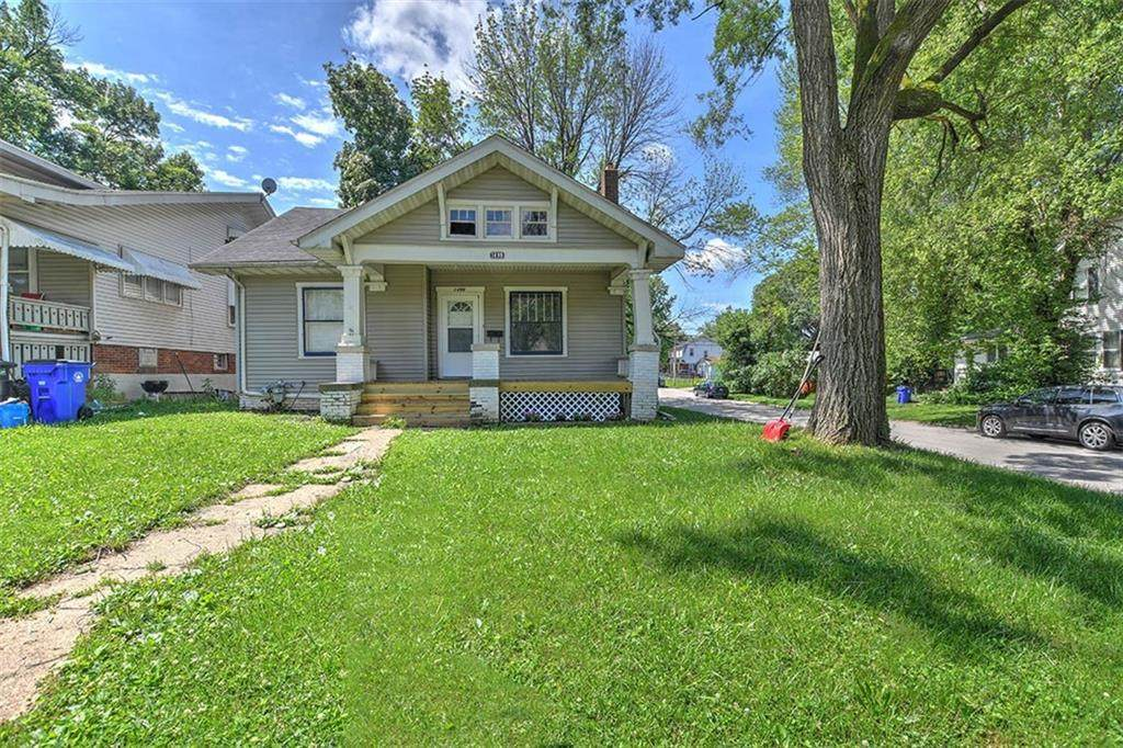 1499 Forest Avenue - Photo 1