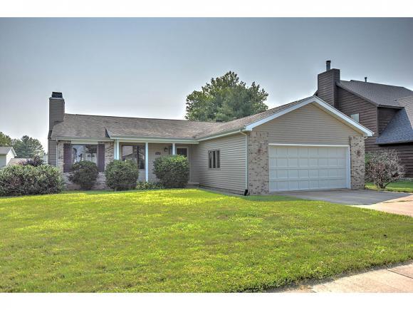 1334 Rich Lane, Mt. Zion, IL 62549 (MLS #6183487) :: Main Place Real Estate
