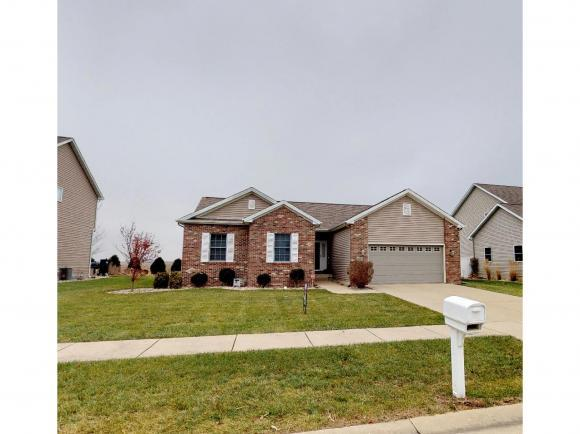 207 Jack Ln, Forsyth, IL 62535 (MLS #6184883) :: Main Place Real Estate