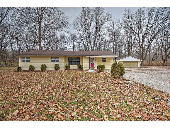 108 Grays Ln, Decatur, IL 62526 (MLS #6185228) :: Main Place Real Estate