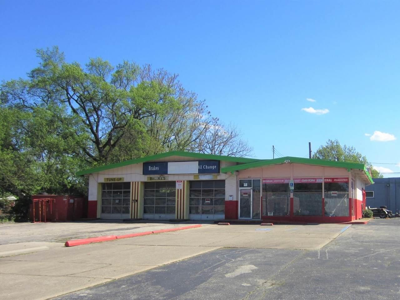 525 Wyoming Avenue - Photo 1