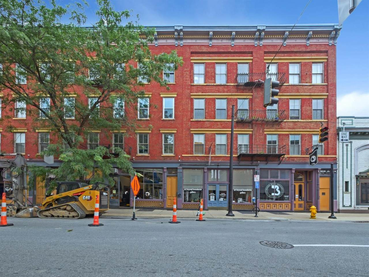 1410 Main Street - Photo 1