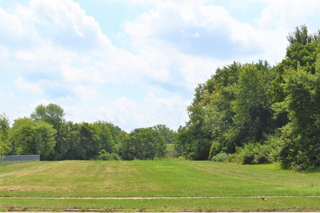 686 Prairie Avenue - Photo 1