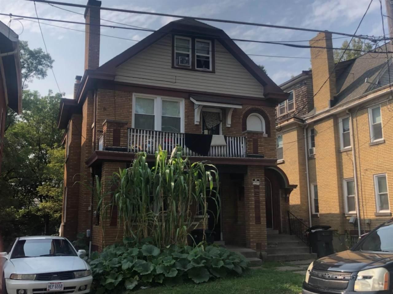 1057 Schiff Avenue - Photo 1