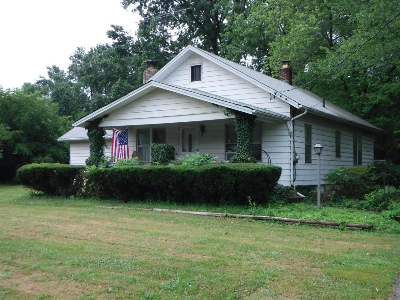 915 Ohio Pike - Photo 1