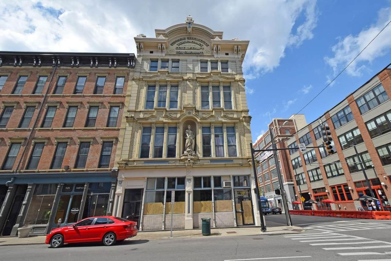 1127 Walnut Street - Photo 1