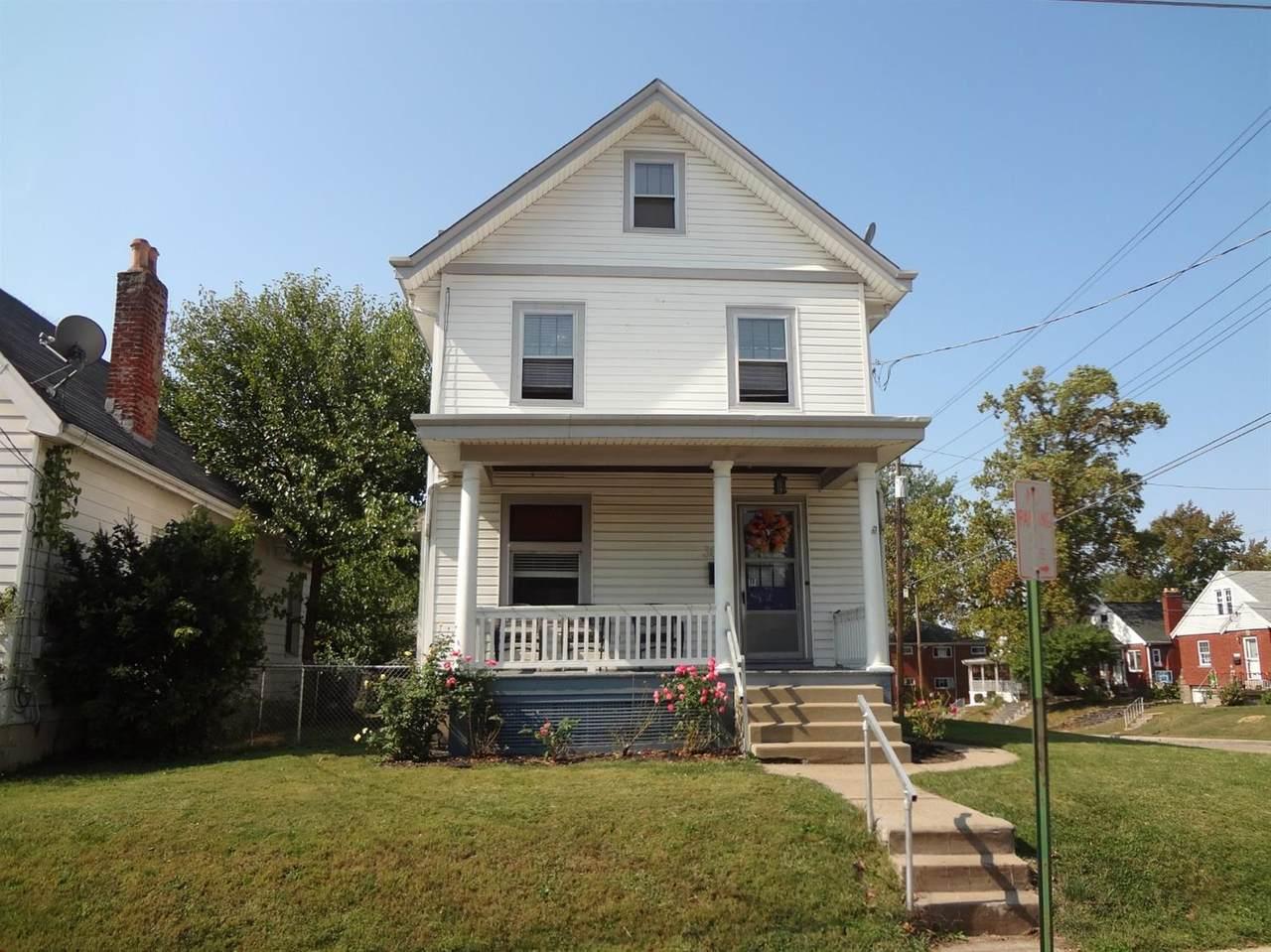 3851 Lovell Avenue - Photo 1