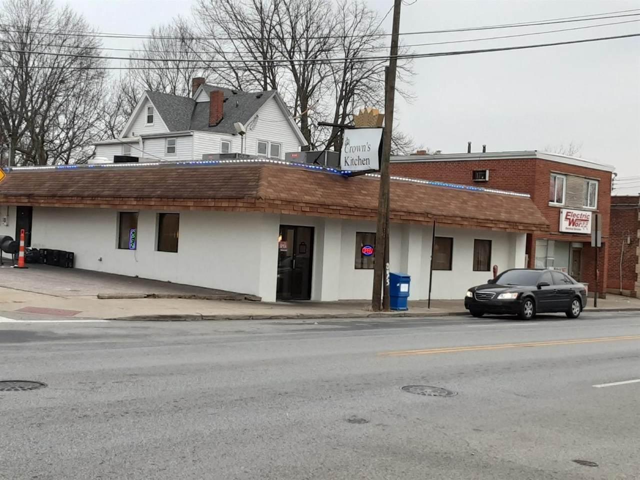 3412 Glenmore Avenue - Photo 1