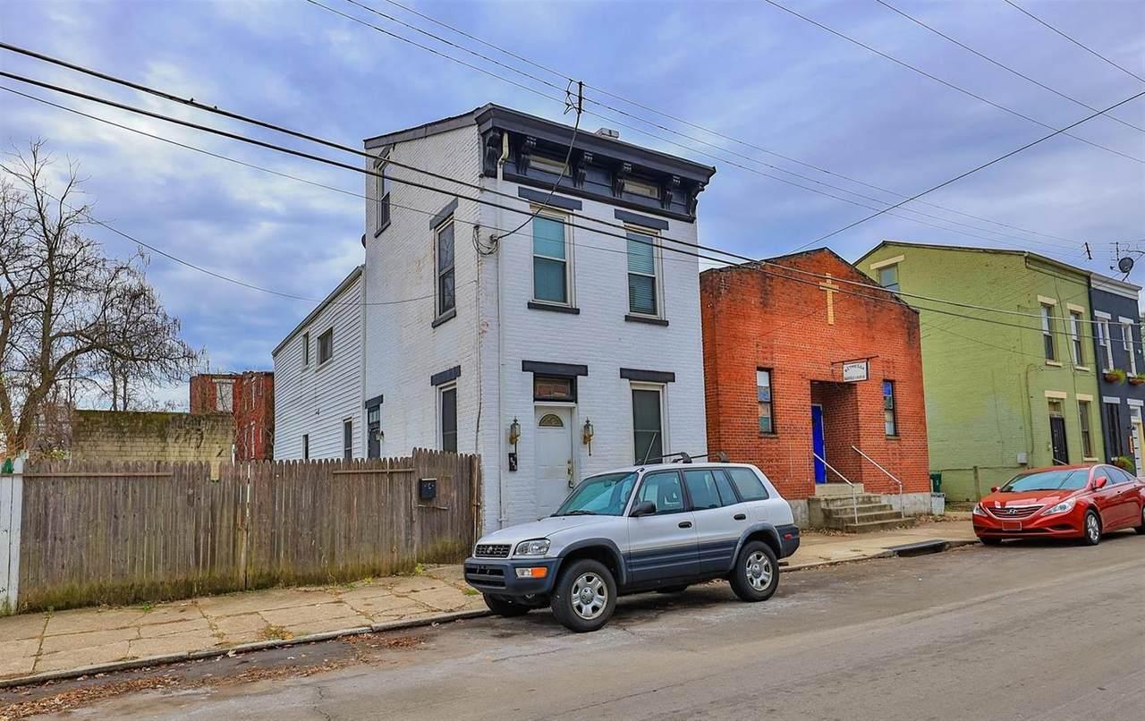 821 York Street - Photo 1