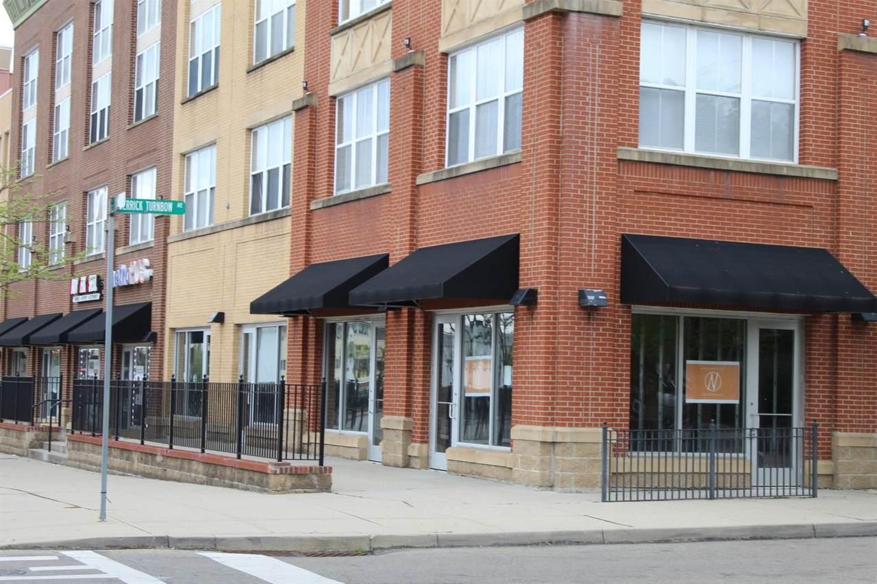 1502 Linn Street - Photo 1