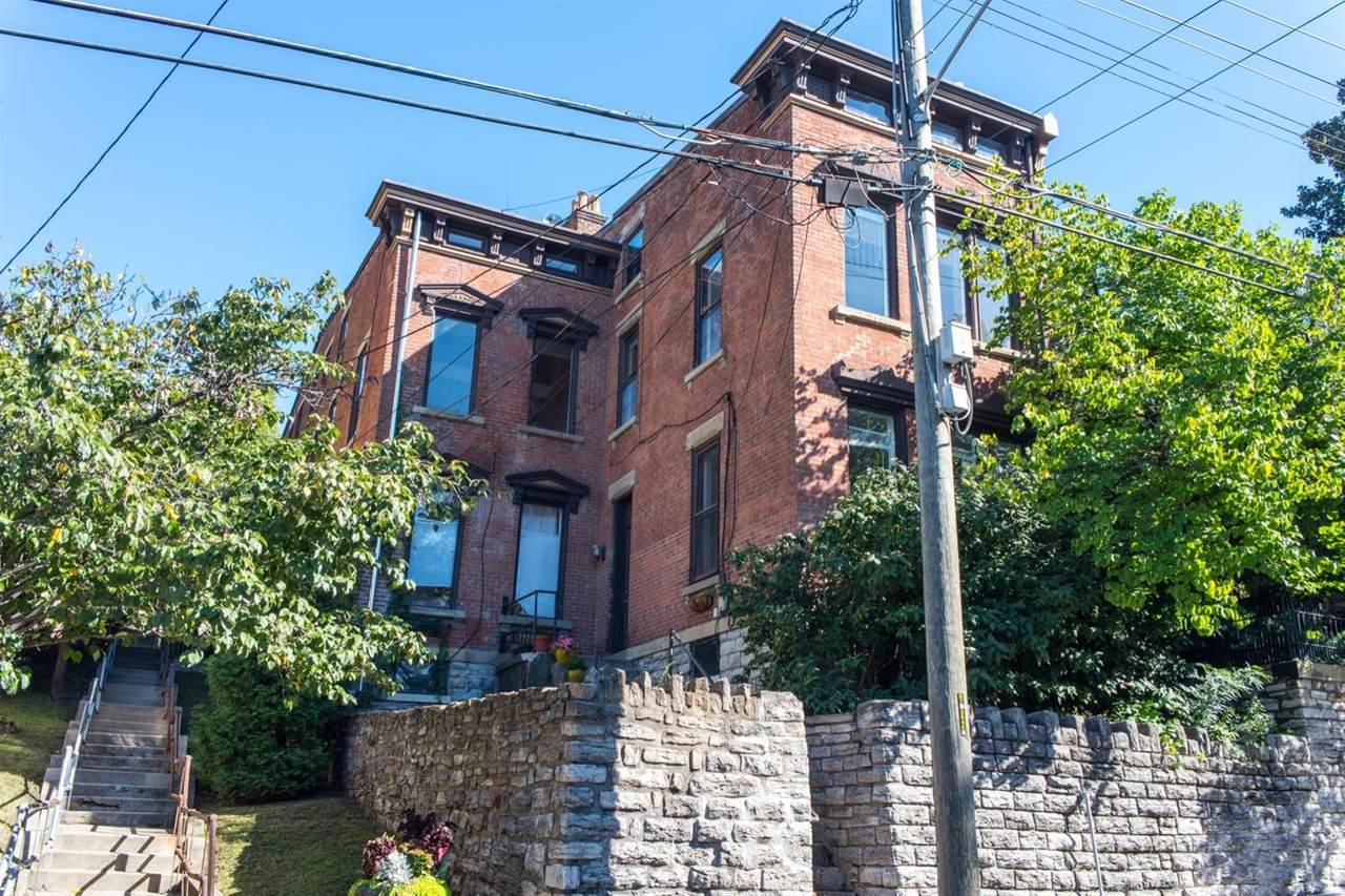 542 Liberty Hill - Photo 1