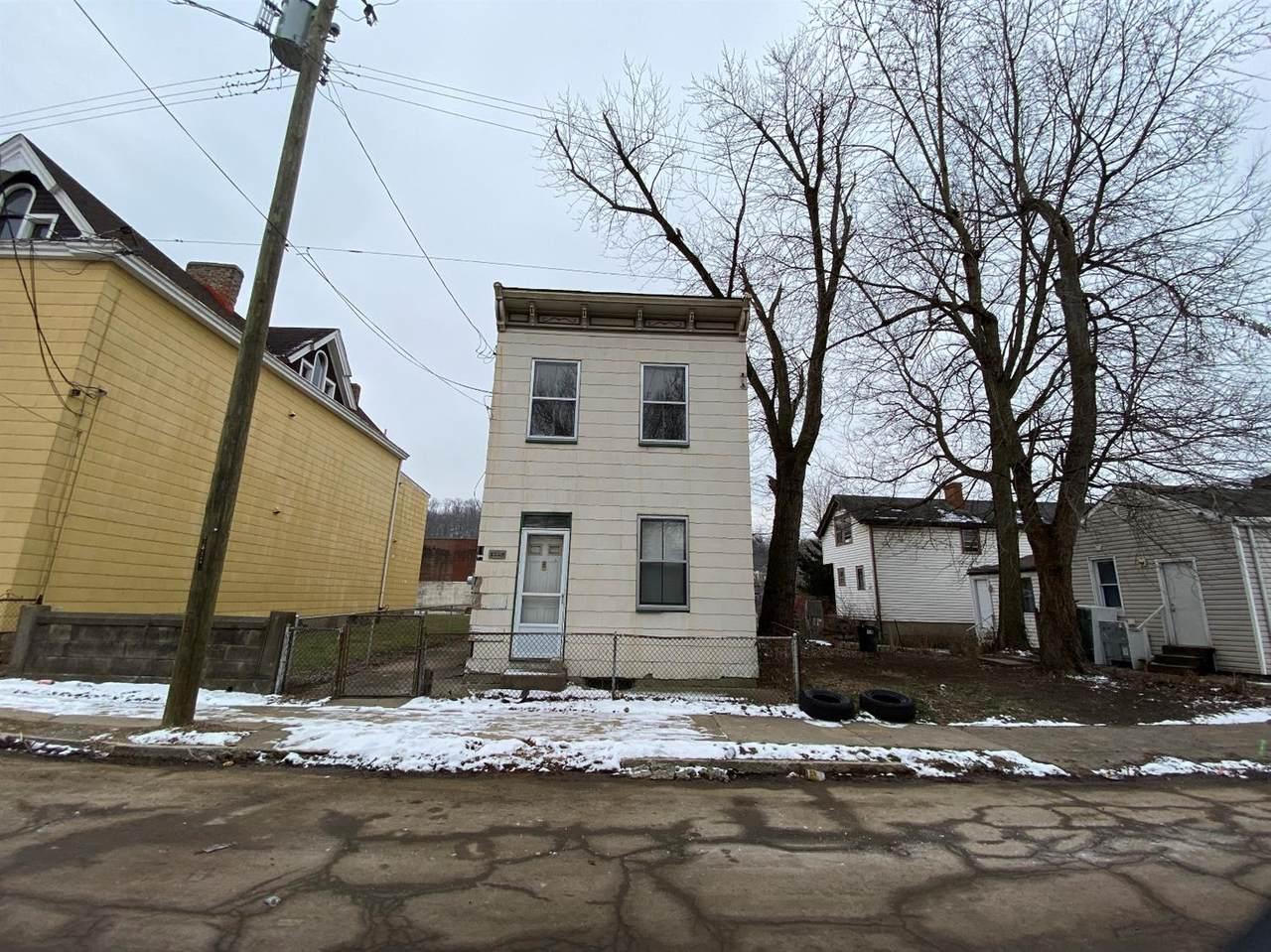1323 Boyd Street - Photo 1