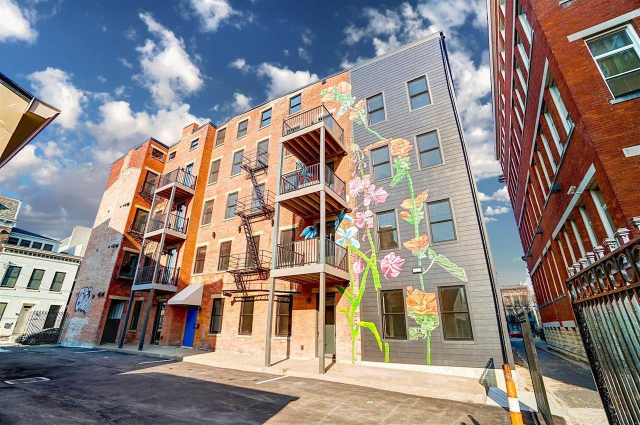 215 Wade Street - Photo 1