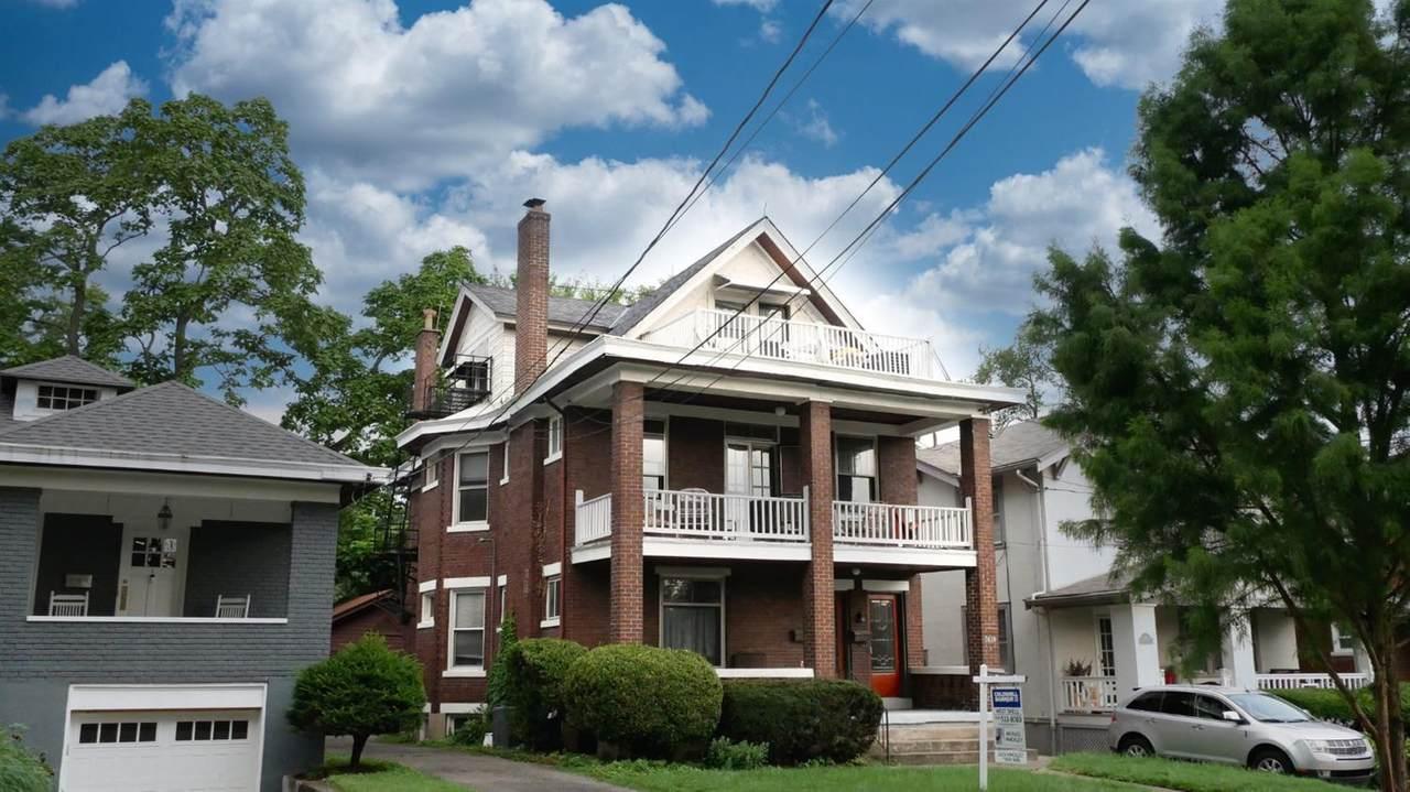 3639 Amberson Avenue - Photo 1