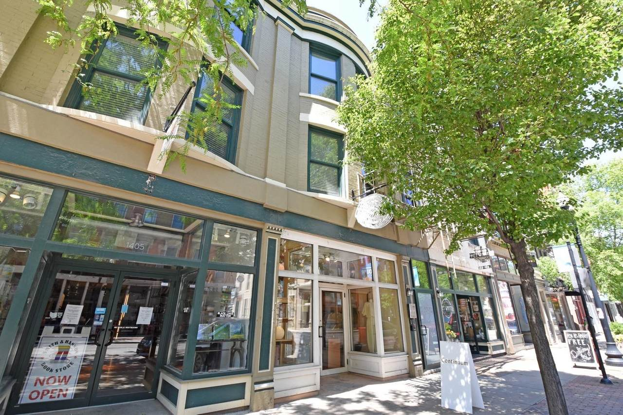 1407 Vine Street - Photo 1