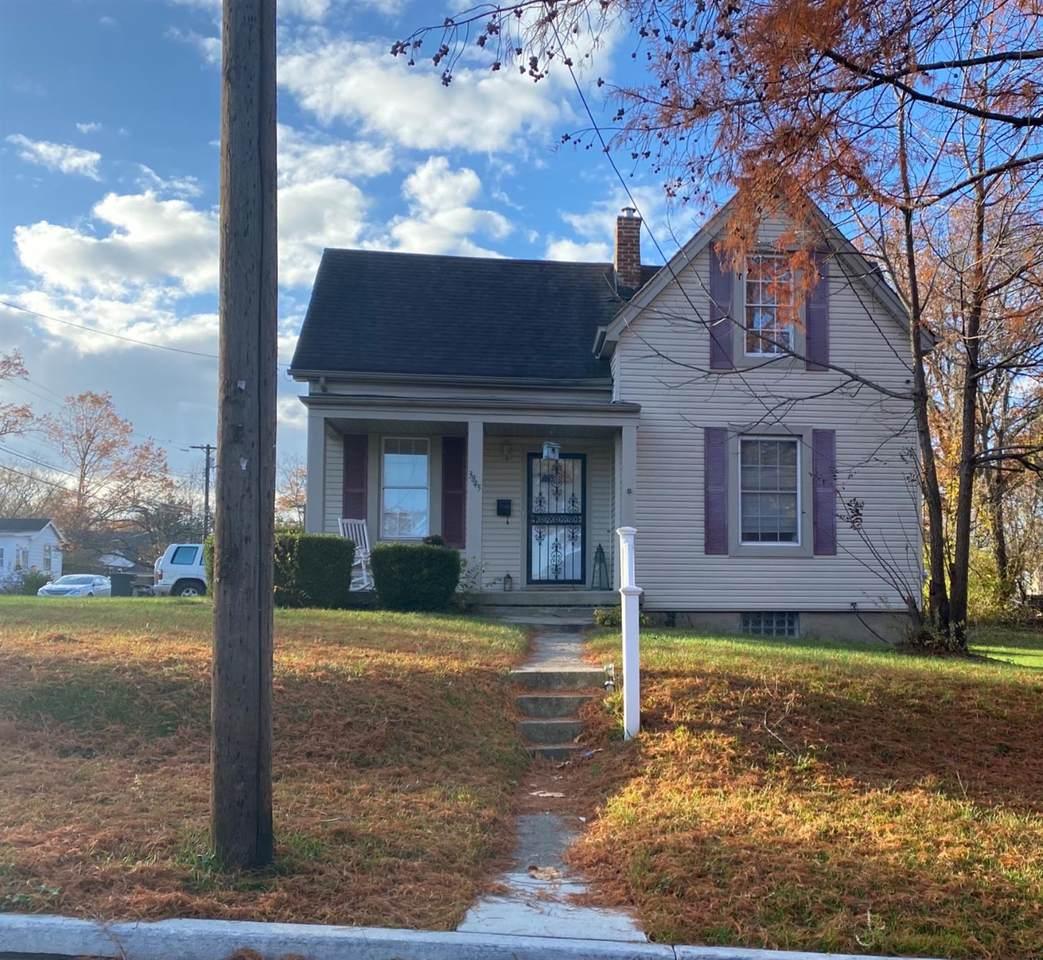 3845 Dunloe Avenue - Photo 1