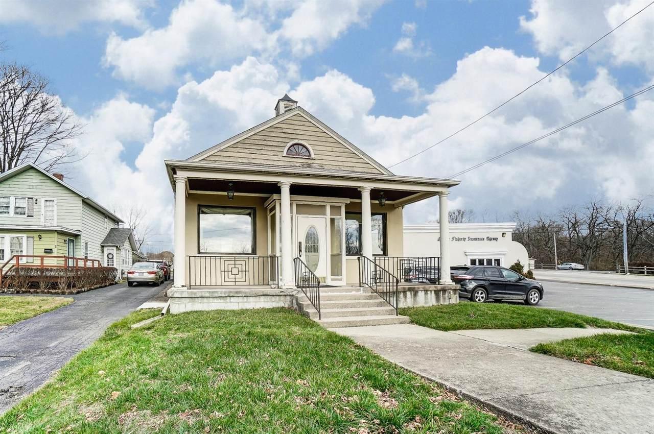4 Oakwood Avenue - Photo 1