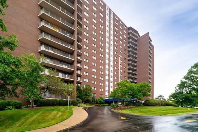 5300 Hamilton Avenue 19B, Cincinnati, OH 45224 (#1684246) :: The Huffaker Group