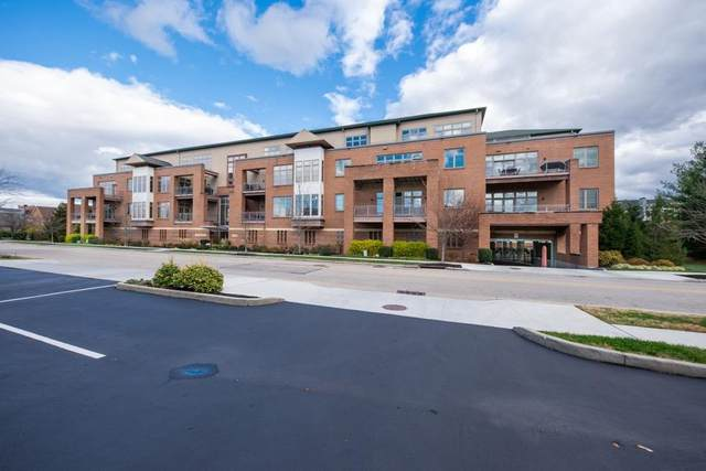 9348 Towne Square Avenue #18, Blue Ash, OH 45242 (MLS #1692150) :: Apex Group