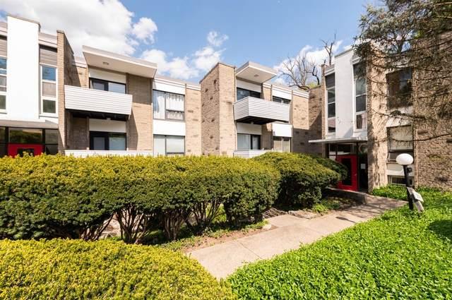 399 W Galbraith Road #215, Cincinnati, OH 45215 (#1697381) :: Century 21 Thacker & Associates, Inc.
