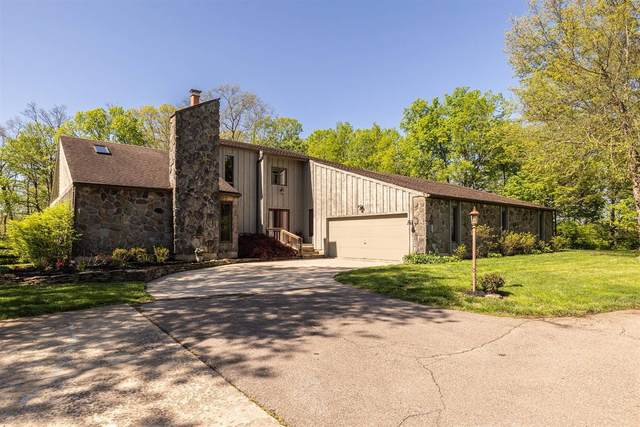 8694 Sibcy Road, Hamilton Twp, OH 45039 (#1698846) :: Century 21 Thacker & Associates, Inc.