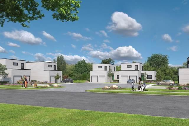 5 Dewitt Court, Greenhills, OH 45218 (MLS #1699410) :: Bella Realty Group