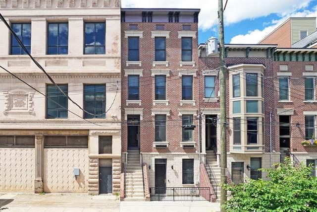 218 W Fifteenth Street, Cincinnati, OH 45202 (#1700162) :: Century 21 Thacker & Associates, Inc.