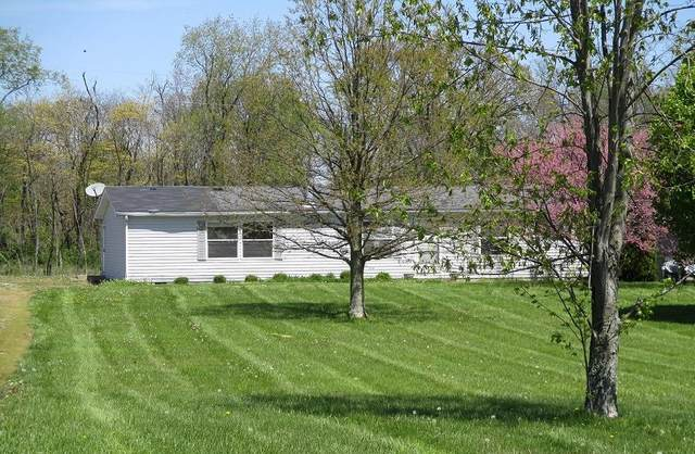 8041 Black Road, Jefferson Twp, OH 45169 (#1700181) :: The Chabris Group