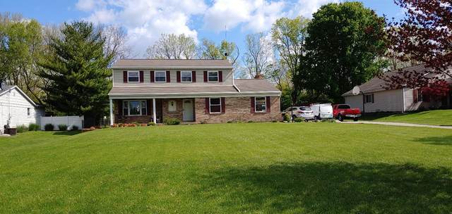 7122 Fox Plum Drive, West Chester, OH 45069 (#1700983) :: The Chabris Group