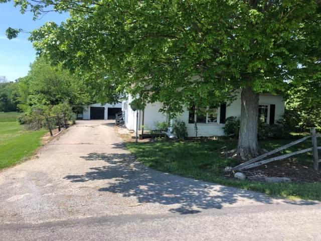 1874 Worthington Road, Wilmington, OH 45177 (MLS #1700968) :: Apex Group