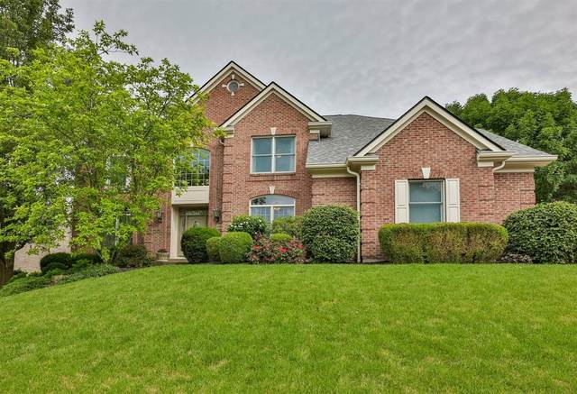 11037 Woodlands Way, Blue Ash, OH 45241 (#1703409) :: The Huffaker Group