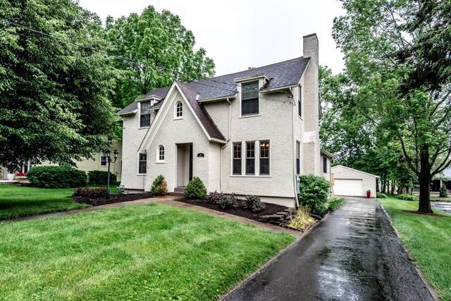 147 W Orchard Avenue, Lebanon, OH 45036 (#1703140) :: The Chabris Group