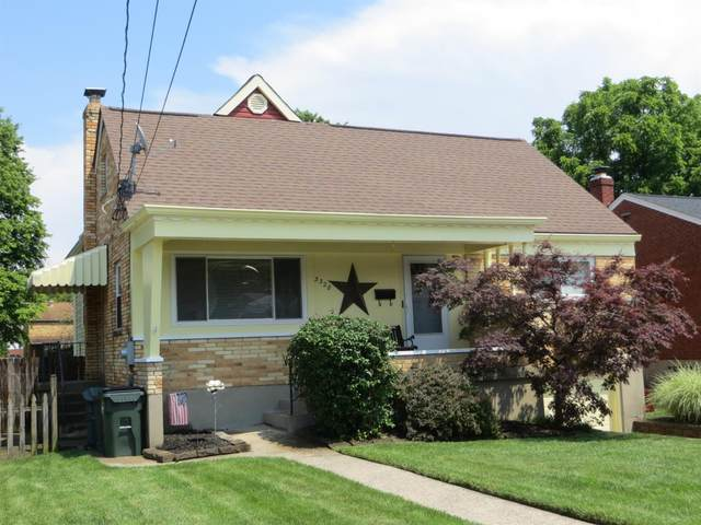 3328 Cresentview Lane, Green Twp, OH 45248 (#1704529) :: The Chabris Group