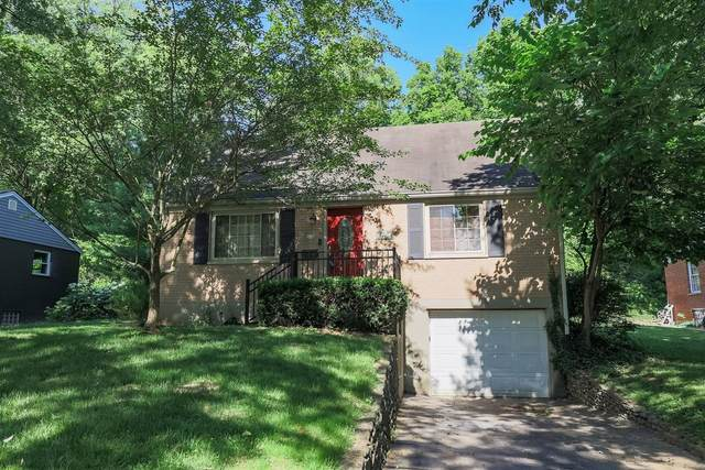 1427 Maple Avenue, Wyoming, OH 45215 (#1704533) :: The Huffaker Group