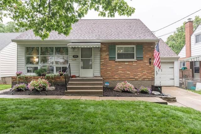 1084 Hempstead Drive, Springfield Twp., OH 45231 (#1707524) :: Century 21 Thacker & Associates, Inc.