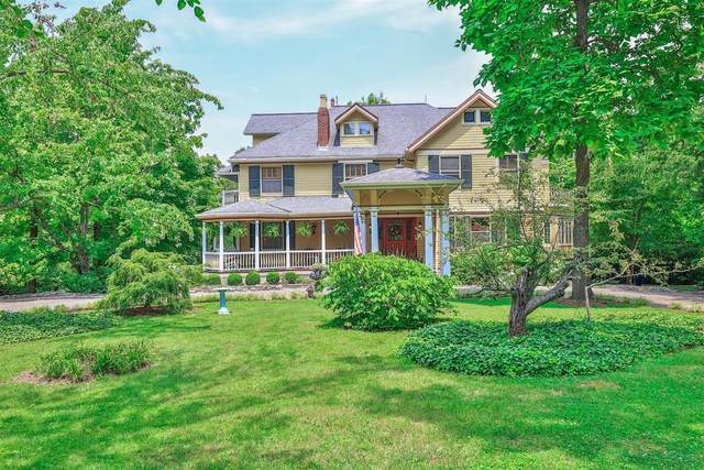 380 Albion Avenue, Glendale, OH 45246 (#1708488) :: The Huffaker Group
