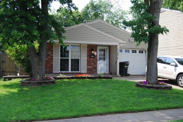 1612 Carriage Drive, Middletown, OH 45044 (#1708926) :: The Huffaker Group