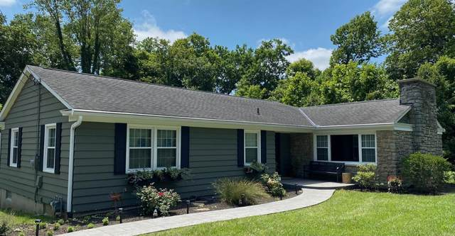 2800 Crittwoods Court, Anderson Twp, OH 45244 (#1709240) :: The Huffaker Group