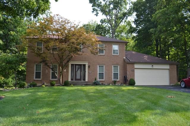 6876 Hidden Ridge Drive, West Chester, OH 45069 (#1709977) :: Century 21 Thacker & Associates, Inc.