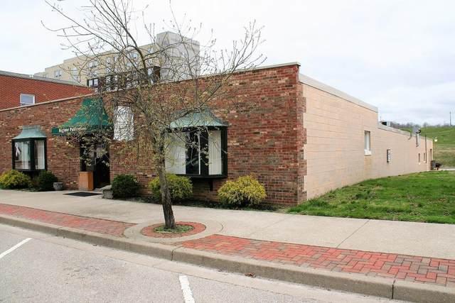 126 W High Street, Lawrenceburg, IN 47025 (#1711037) :: Century 21 Thacker & Associates, Inc.