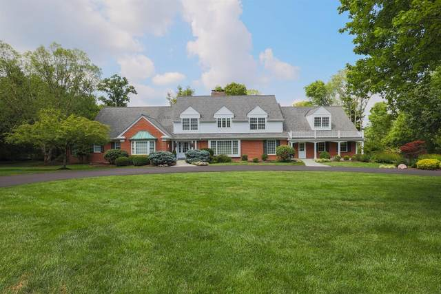 7400 Algonquin Drive, Indian Hill, OH 45243 (#1712744) :: The Susan Asch Group