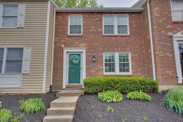 2889 Mossy Brink Ct., Maineville, OH 45039 (#1714690) :: The Chabris Group