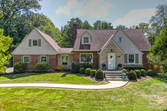 5215 Myerdale Drive, Blue Ash, OH 45242 (#1714782) :: The Chabris Group