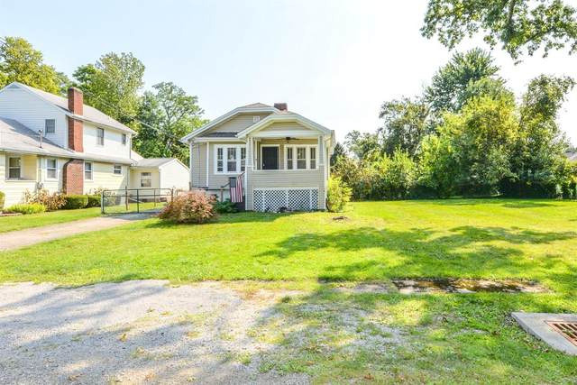 8460 St Clair Avenue, Sycamore Twp, OH 45236 (#1715348) :: The Chabris Group