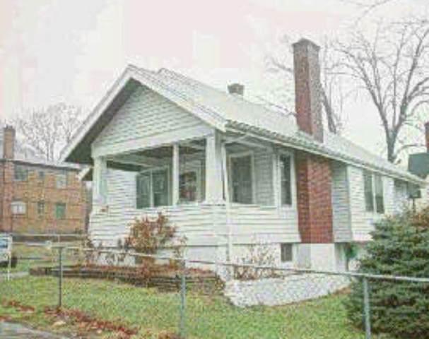 2948 Glenway Avenue, Cincinnati, OH 45204 (#1715498) :: The Chabris Group