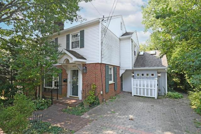 4315 Joan Place, Mariemont, OH 45227 (#1715759) :: The Chabris Group