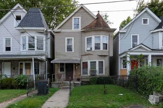 1235 Lincoln Avenue, Cincinnati, OH 45206 (#1715478) :: The Chabris Group