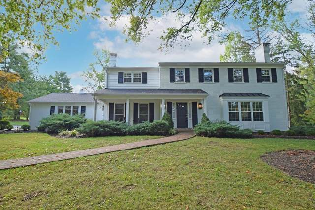 8225 Indian Hill Road, Indian Hill, OH 45243 (#1718532) :: The Susan Asch Group