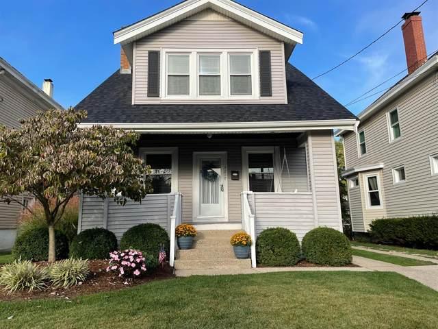 4217 Millsbrae Avenue, Cincinnati, OH 45209 (#1718943) :: The Chabris Group